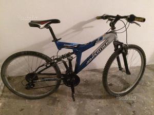 Mountain bike jumpertrek biammortizzata