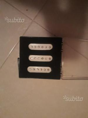 Pick up fender stratocaster