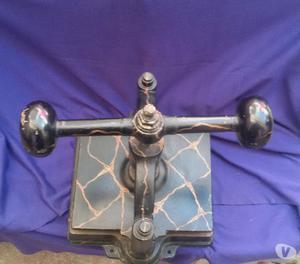 Antica pressa a mano per feno posot class for Costruire pressa idraulica