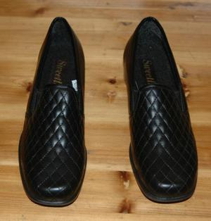 Numero 38, scarpe da donna, nuove