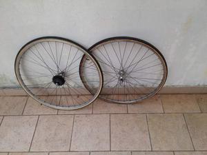 Vendesi ruote campagnolo per bici da corsa