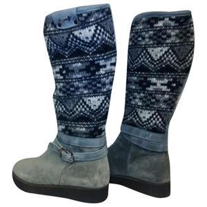stivali in pelle scamosciata e lana