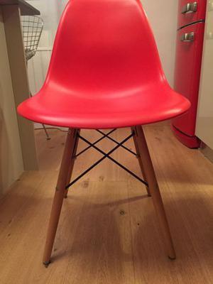 Lotto 4 sedie di design colore rosso
