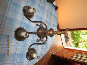 coppia di appliques in ottone a 3 lampadine, funzionanti