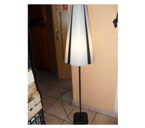 Lampada flex da terra moderna in legno ad posot class for Lampada da terra moderna
