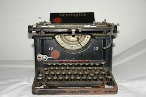 Macchina da scrivere vintage remington n.12