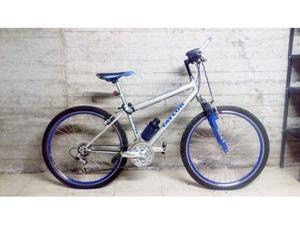 Mountain Bike alluminio con ammortizzatori e fanali