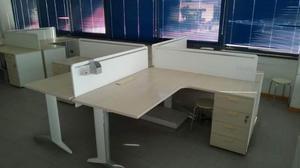 Scrivania Ufficio Doppia : Scrivania ufficio isola postazioni posot class