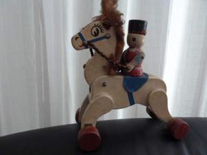Cavallino legno giocattolo vintage