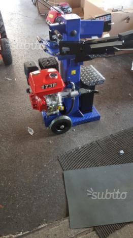 Spaccalegna Artigianale Con Motore A Scoppio Posot Class
