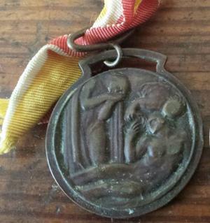 medaglia 2 guerra mondiale e portaoggetti