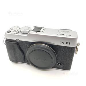 Fotocamera digitale mirrorless fuji x-e1. corpo