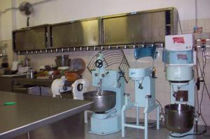 Arredamento per negozio e laboratorio