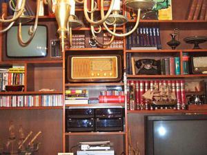 Cerco svuoto cantine solai vecchi depositi posot class for Vecchi mobili in regalo