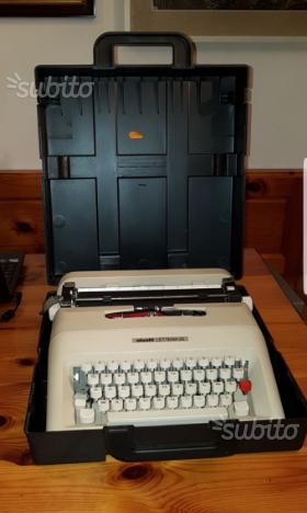 Olivetti lettera 35 macchina da scrivere
