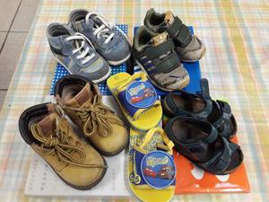 Stock scarpe bimbo nr. 22