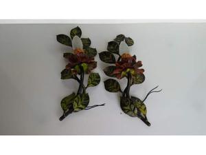 applique in ferro laccato con foglie e rosa al centro