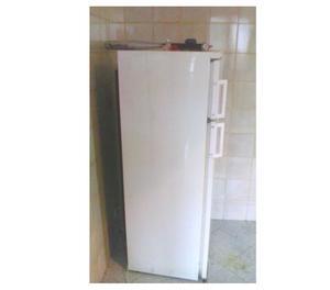frigorifero di circa 10 anni;perfettamente funzionante
