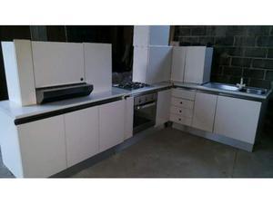 Cucina componibile senza forno e frigo posot class - Cucina senza frigo ...