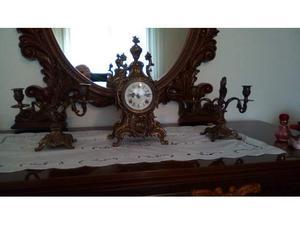 Orologio antico in ferro battuto