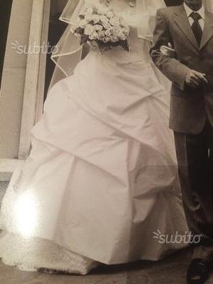 Abito da sposa TG.44 + sottogonna + velo + guanti