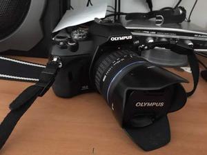 Olympus E410 kit completo