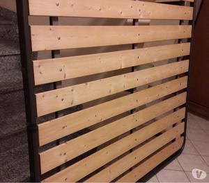 Letto in ferro battuto e rete con doghe in legno da 10 cm