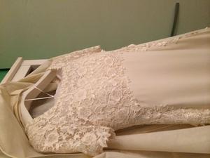 Vendo abito da sposa Tg 44 voile di seta e corpetto e fasce
