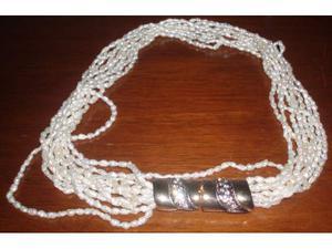 Collana 10 fili di perline di fiume con fibbia in metallo