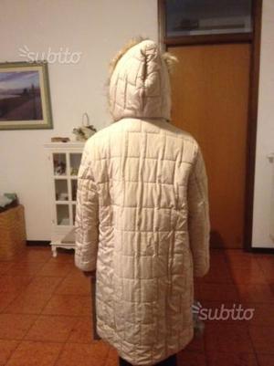 Piumino con cappuccio da donna - 10 euro