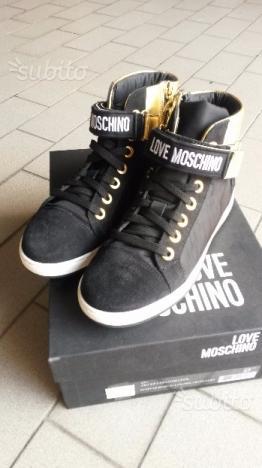 Scarpe love moschino