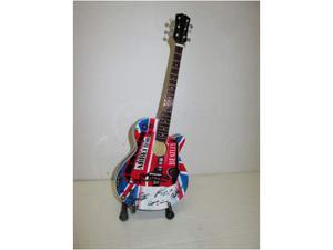 Chitarre da collezione posot class for Cerco cose vecchie in regalo
