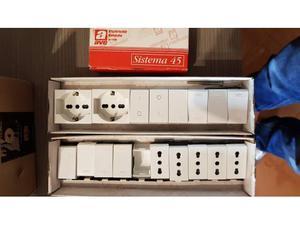 Materiale elettrico scatole ditta ave posot class - Interruttori ave sistema 45 ...