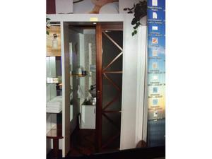 Porte in legno e vetro satinato