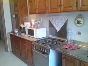 Arredamento completo per piadineria varese posot class for Arredamento appartamento completo