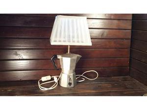 C81 Lampada idea riuso base caffettiera Moka 6tz alluminio