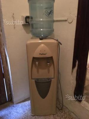 Distributore acqua calda e fredda