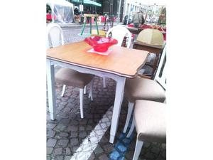 4 sedie adatte a qualsiasi occasione specchio posot class for Sedie per tinello