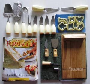 Set di coltelli e accessori vari per formaggio