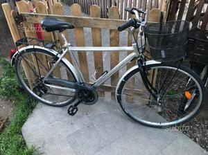 City bike tutta in alluminio