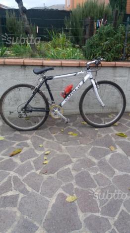 Mountain bike da ragazzo