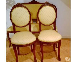 Divanetto antico con coppia di sedie