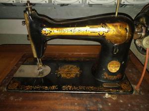 Macchina da cucire yamata fy torino posot class for Vendo macchina da cucire