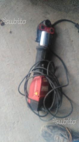 Pressatrice elettrica viega posot class for Pressatrice usata
