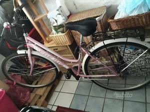 Bicicletta tipo city bike come nuova