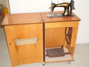 Macchina da cucire singer anni 50 con mobile