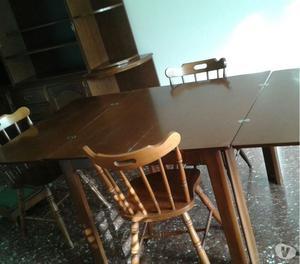 Tavolo noce con 6 sedie