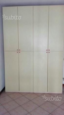 Camera completa: armadio, letto, rete, scrivania