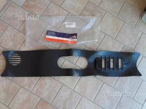 Copri radiatore in gomma nuovo per Audi 50