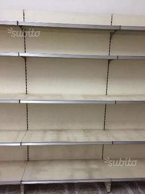 Scaffali per uso negozio volla posot class for Scaffali arredo